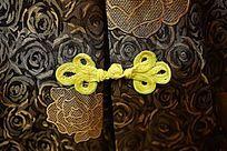中国传统服饰上的中国结纽扣