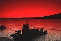 解放军炮艇迎接第一缕阳光
