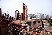 废弃的工厂大型设备