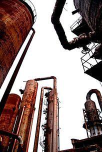 废弃的企业生产设备