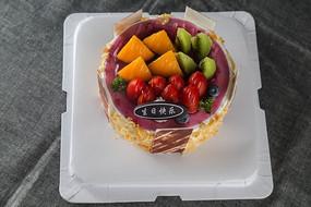 新鲜水果蓝莓蛋糕