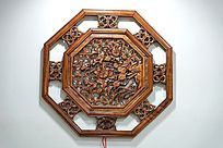 八边形镂空木雕花格艺术