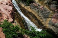 山间溪水(横版)