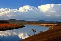 额尔古纳河河湾之秋