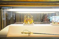 卢浮宫展馆金皇冠
