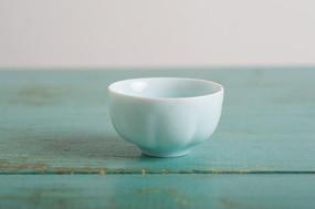 玉质磁莲花茶碗