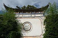 圆形墙壁花纹