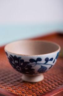复古手绘陶瓷杯子