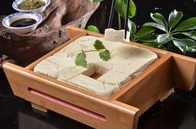 自制石磨豆腐