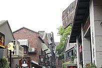 密集的建筑大街道