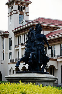 中南小区的骑士雕塑