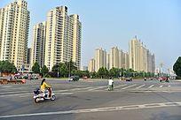 城市十字路口交通