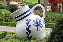 大花瓶雕塑作品