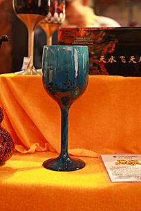 雕漆工艺品高脚酒杯图片