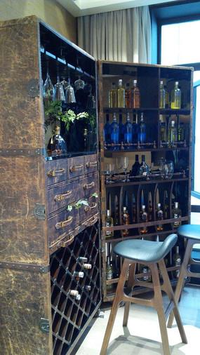 别墅软装酒柜