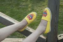 黄色小鞋子