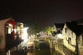 夜晚的小桥流水人家