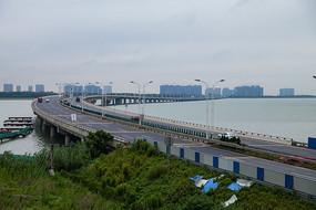 苏州湾大桥路面