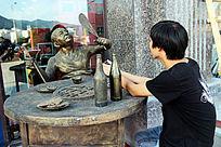 雕塑--吃火锅的食客