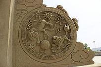 麒麟戏珠雕刻石鼓