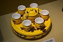 黄釉古董陶瓷茶具