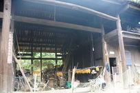 老木屋中间堂屋