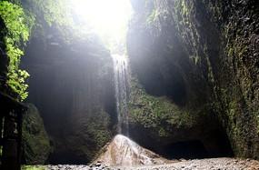 湄江风景长寿小瀑布