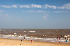 蓝天白云大海沙滩