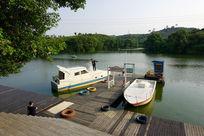 湖泊油轮风景