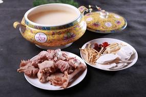 淮山土鸡汤