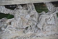 骑马射箭的人物雕塑