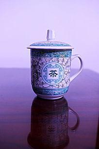 青花瓷茉莉花纹带柄陶瓷茶杯