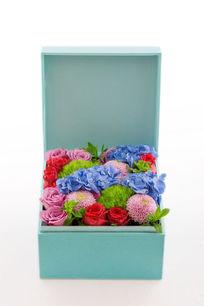 蓝色礼物盒鲜花