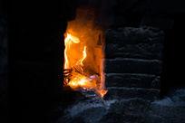湖南德夯农家菜烧的柴火