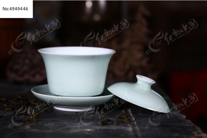 景德镇窑变祭红盖碗图片