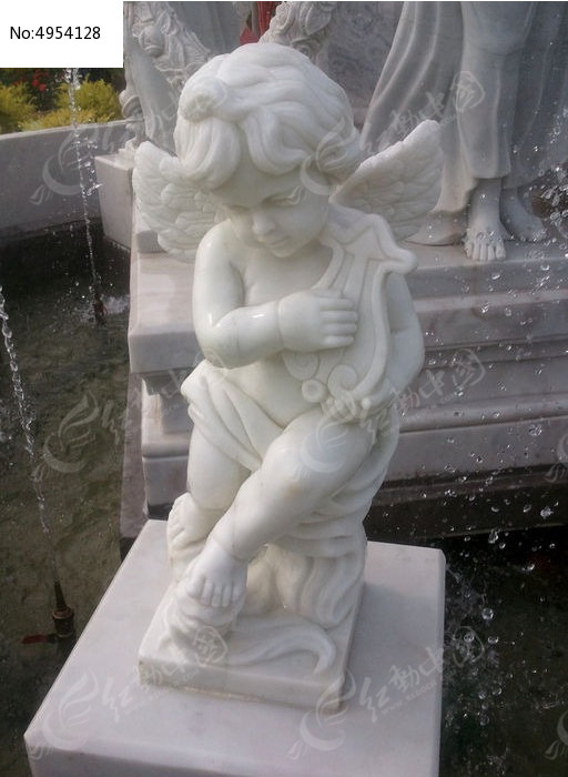 弹琴的小天使图片