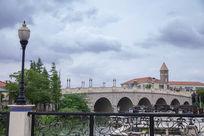 欧式钟楼桥