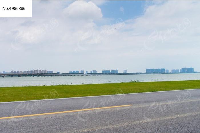 苏州湾马路图片