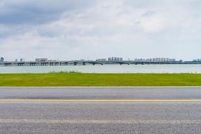 苏州湾汽车马路背景