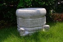 广东美术馆明代的石鼓