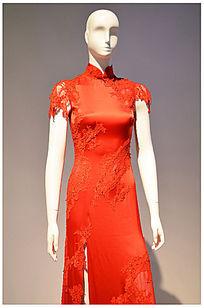 中国红色碎花旗袍