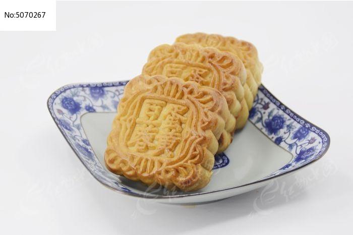 一盘传统美食中秋月饼图图片