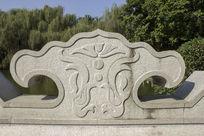 民族花纹雕刻