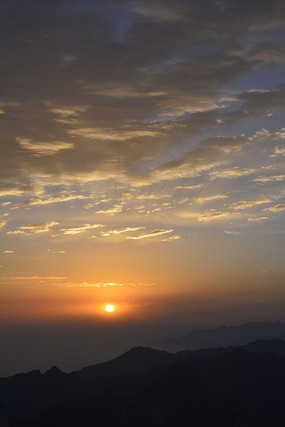 华山山顶日出景观