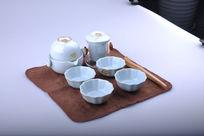 精美陶瓷茶具套装右视图