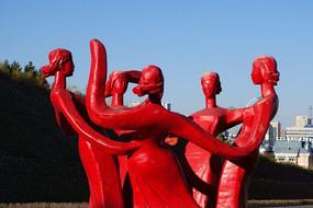 雕塑《跳舞的蒙古少女》