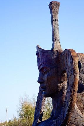蒙古族风格雕塑《蒙古女人》