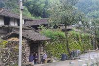 古村落悠闲的村民