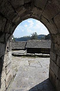 石板镇围村石墙