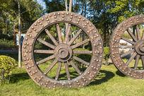 巨大的车轮